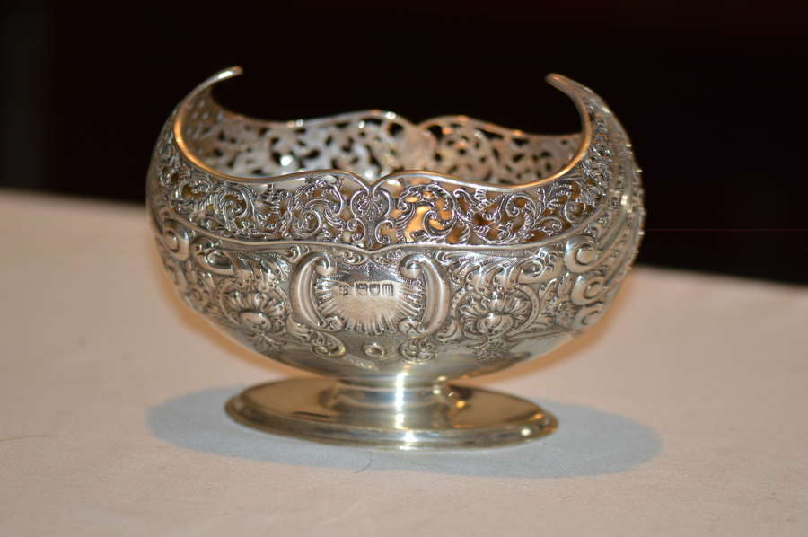 Edwardian Navette-shaped silver bowl, London, c.1907, Josiah Williams