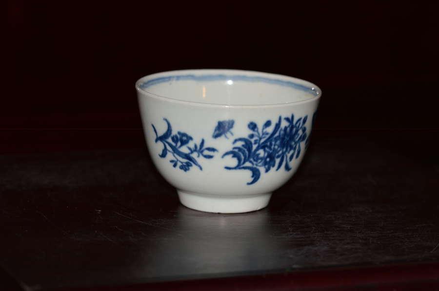 18th Century Worcester 'Three Flowers' Tea Bowl