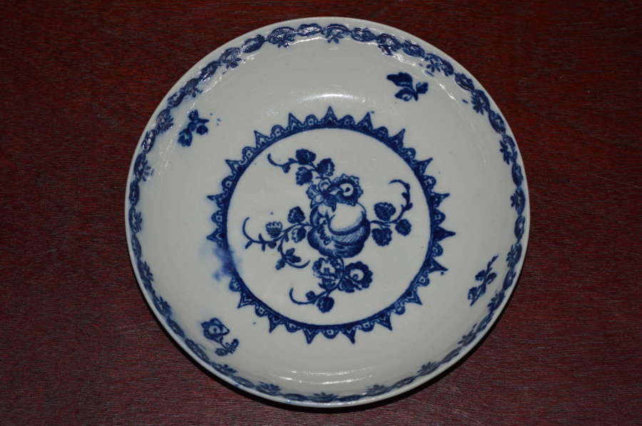 C18th Century Caughley 'Fruit and Wreath' Pattern Porcelain Saucer