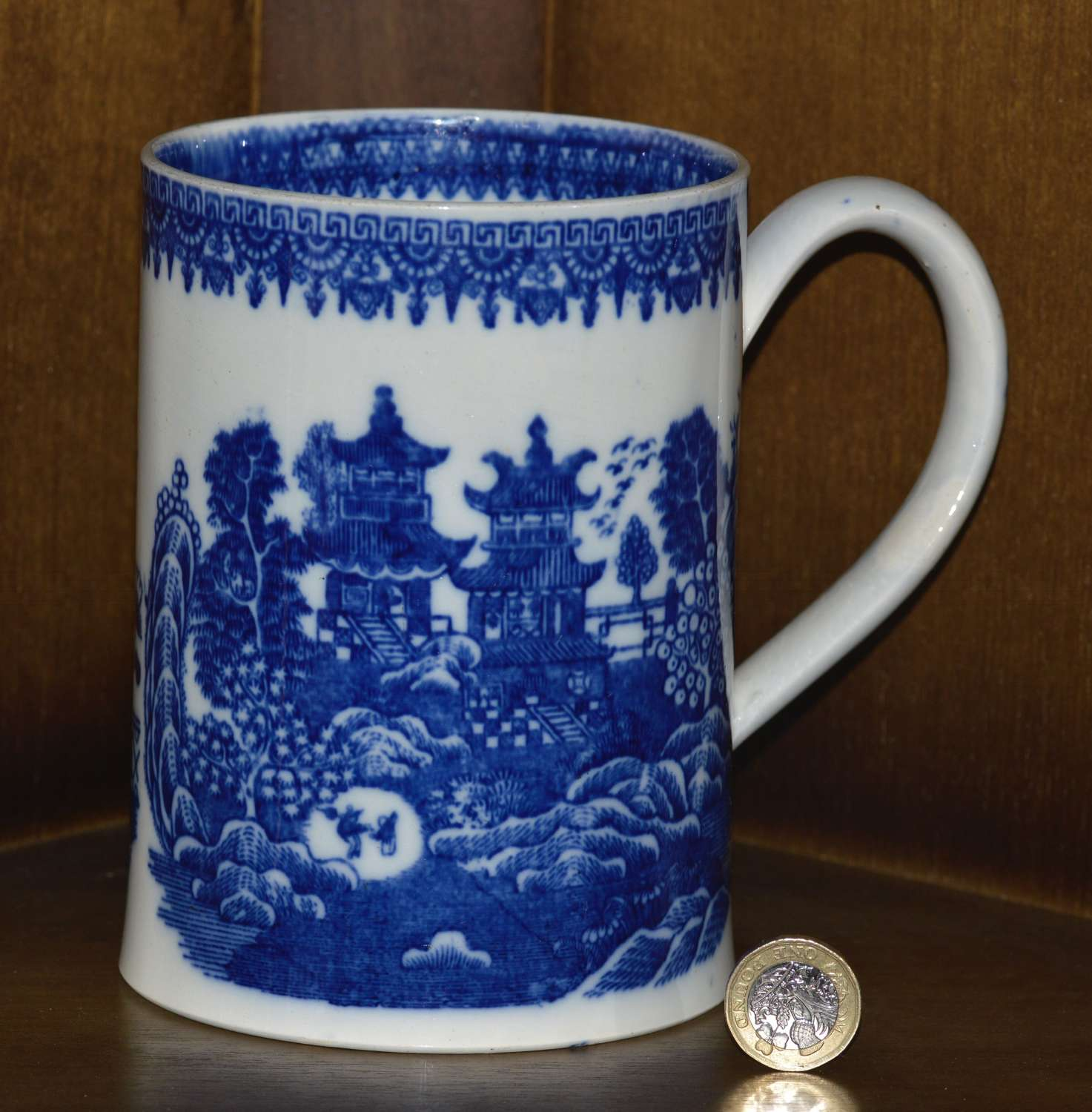 Late 19th Century Pearlware Cider Mug With Blue and White Chinoiserie