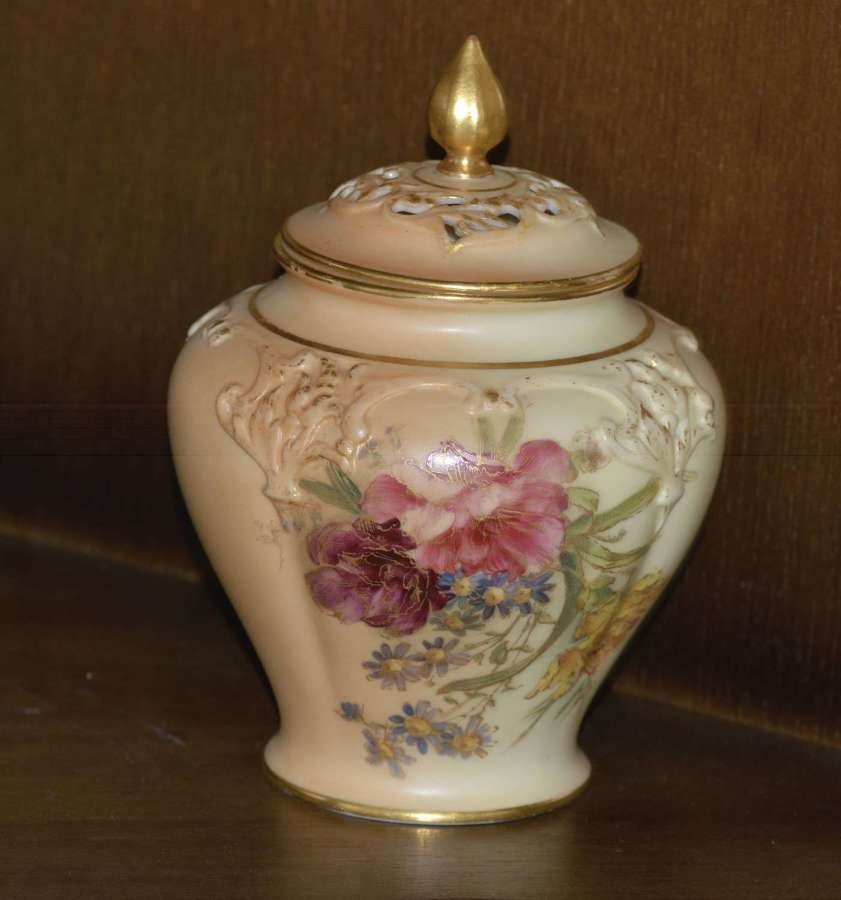 1909 - Royal Worcester - Hand Painted - Blush Ivory - Pot Pourri Vase