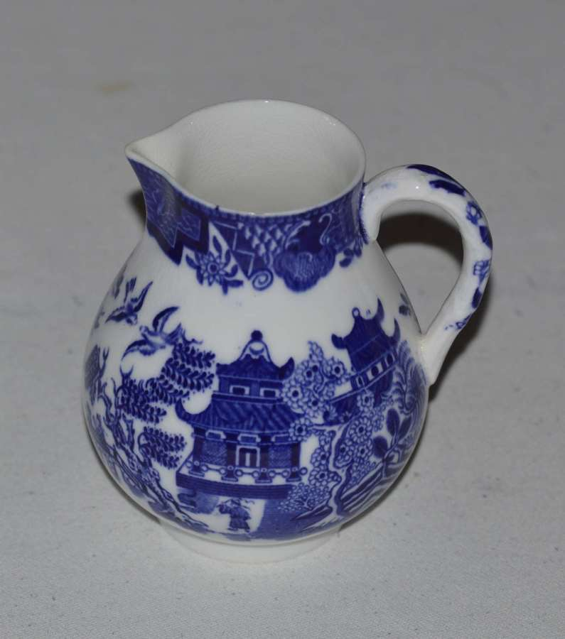 1909 Royal Worcester Blue & White Cream Jug Chinese Pagoda Pattern