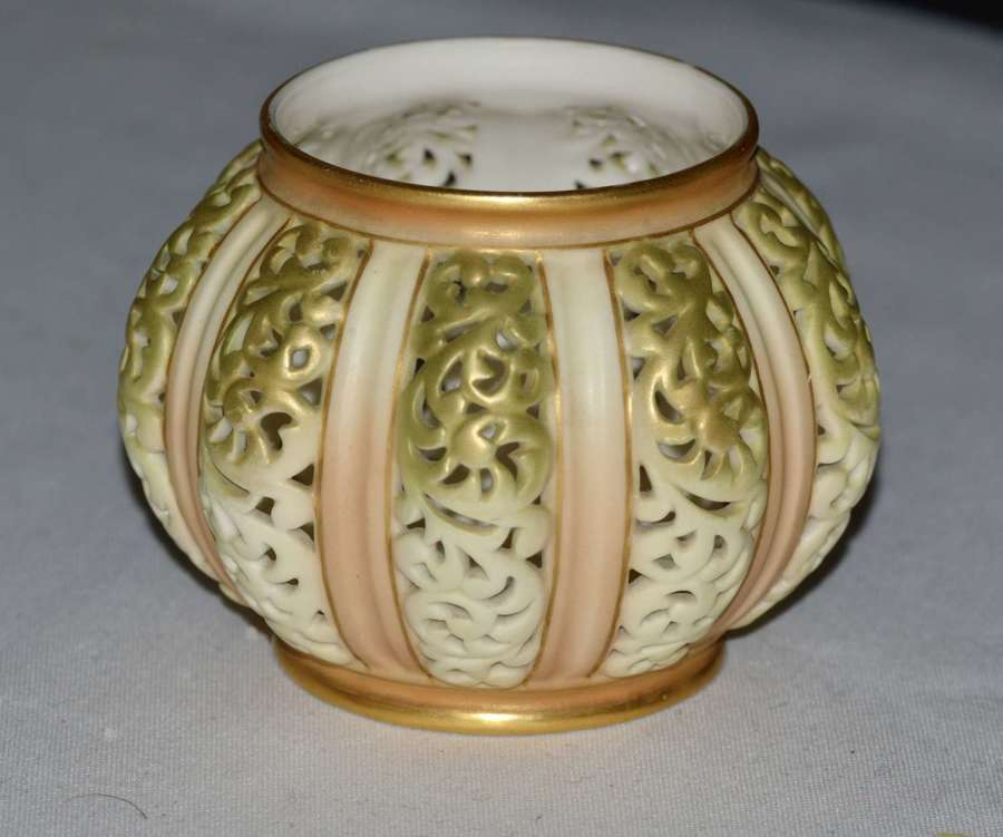 1903 Royal Worcester Hand Painted Reticulated Vase Shape 202