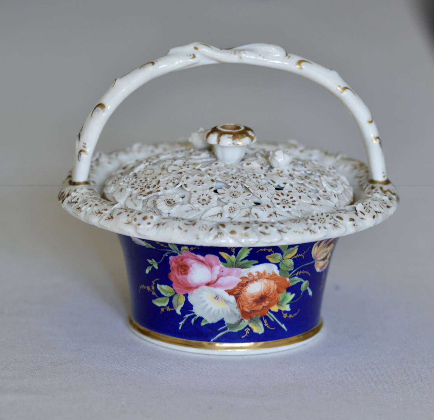 Early 19th Century Chamberlain's Pot Pourri Floral Basket and Cover